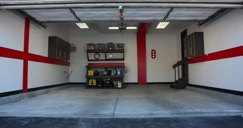 The right color scheme for the garage