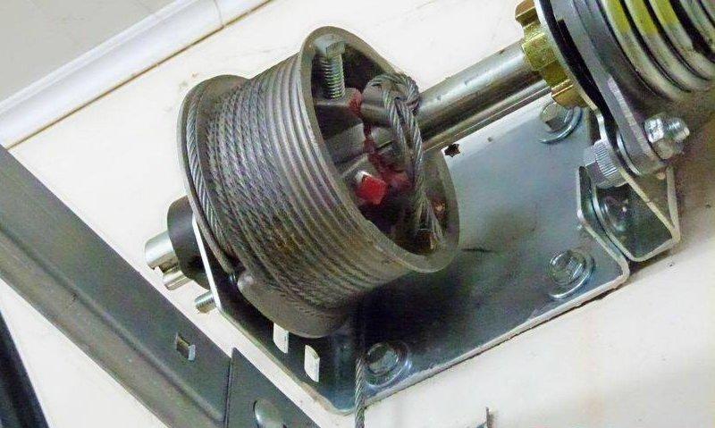 repair garage door cable