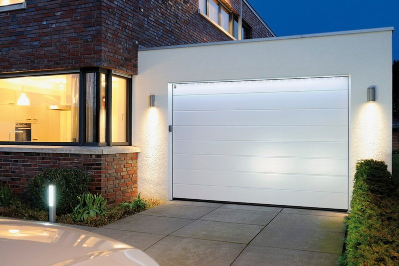 single garage door size