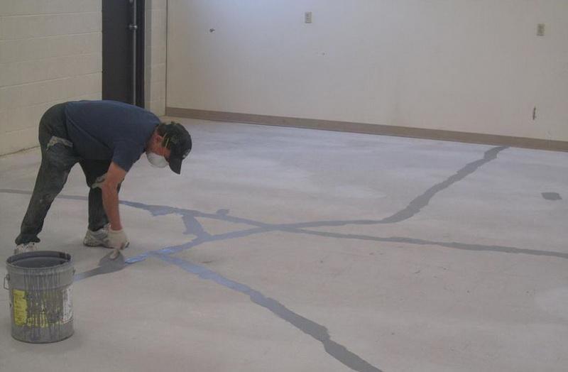 Preparations floor in garage